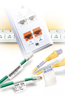 Étiquettes pour identification d'équipements datacom pour IDXPERT